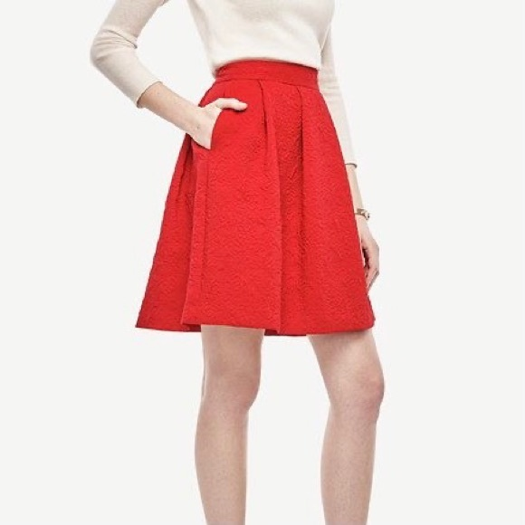 NWT Ann Taylor Red Jacquard Pleated Full Skirt